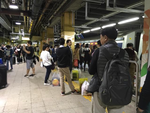 香港地下鉄プラットホーム